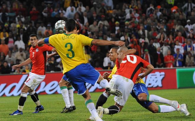 FBL-WC2010-CONFED-BRA-EGY-MATCH3